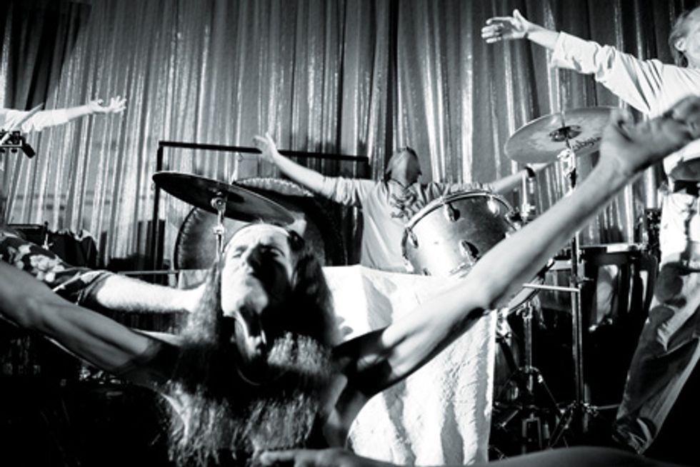 Ritual Dance: Djin, Ya Ho Wa 13