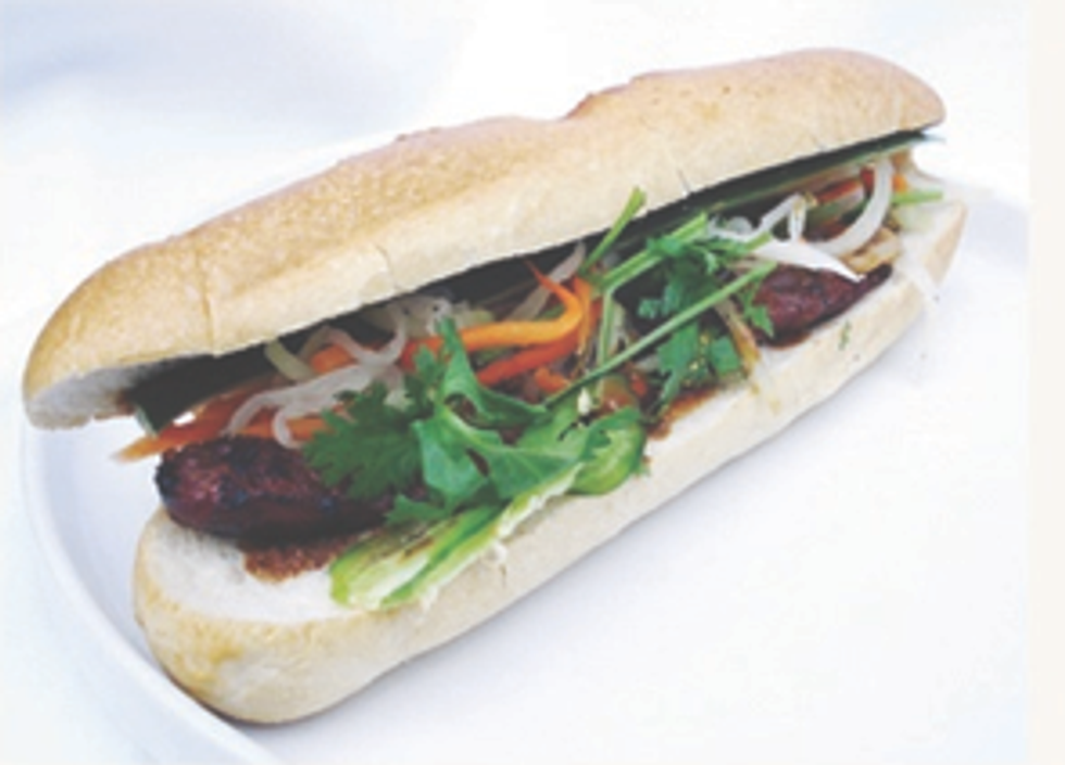 Eight Items or Less: Humpday on a Roof, Jell-O in Gowanus & Banh Mi In Union Square