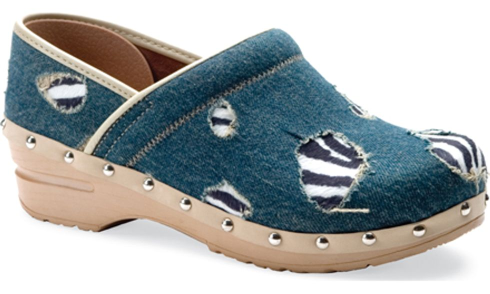 Eight Items or Less: Wear Your Zebra/Denim Clogs to the Woodsist/Captured Tracks Fest