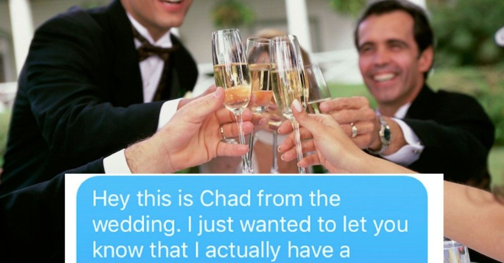 This Straight Guy Had an EPIC Response To the Gay Guy Who Gave Him His Number