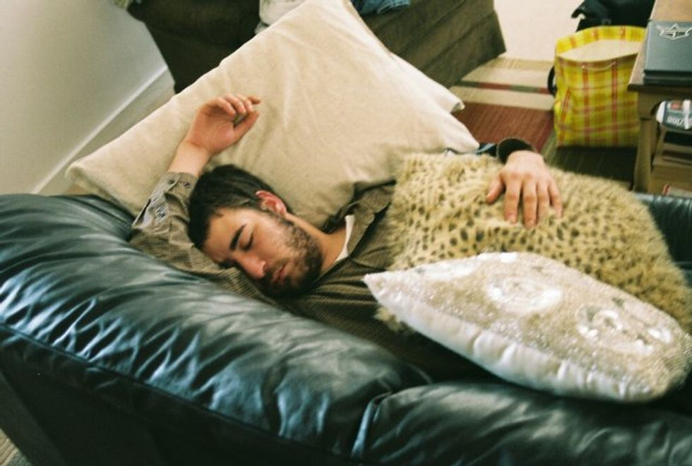 Website Helps Fans Sleep With Bands