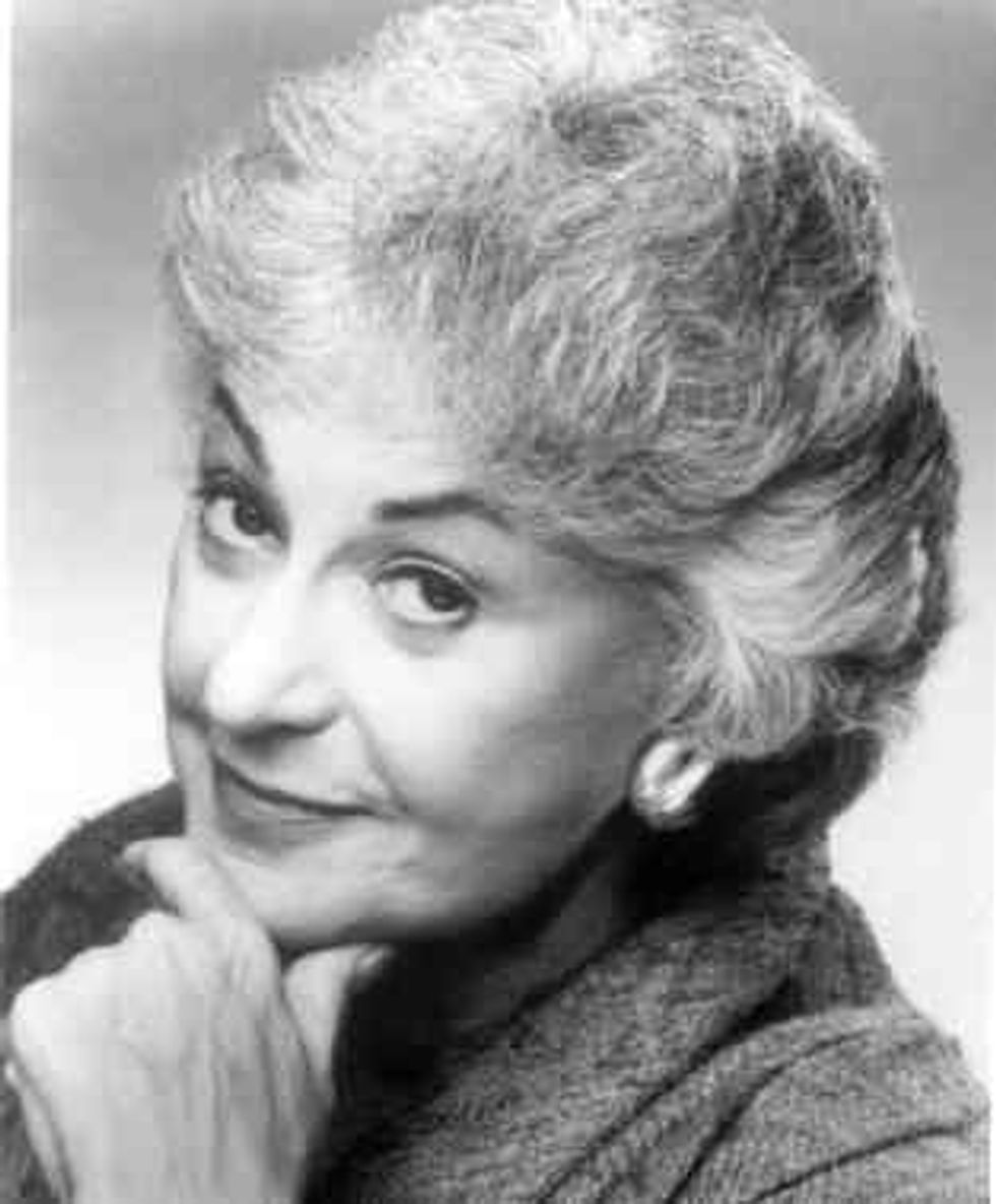 Eight Items or Less: $1 Million Worth of Typewriters and a Bea Arthur Tribute