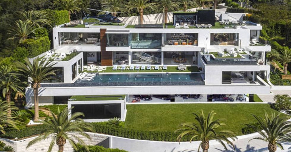 Take a Tour of the MOST EXPENSIVE Home In All of America, Coming In at $250 Million