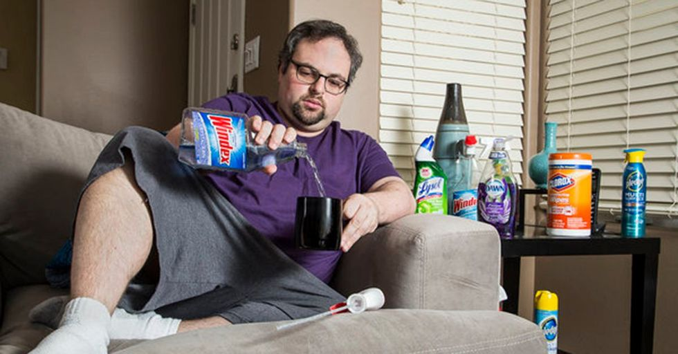 These Moving Photos of Real People Help Show What It's Like To REALLY Have OCD