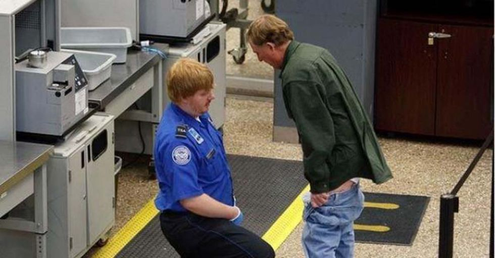 18 Awkward Encounters That Show Us Why Airport Security Is the Absolute Worst