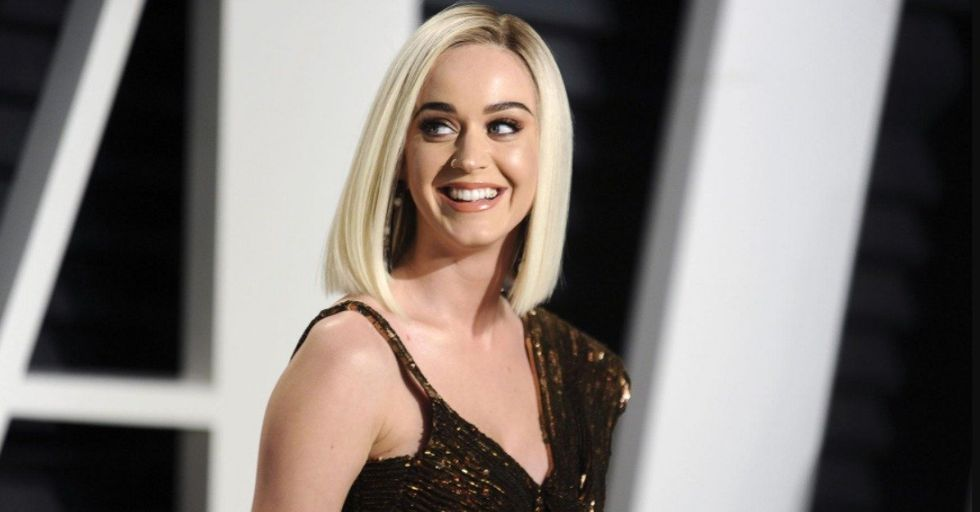 We Finally Know What Girl Katy Perry Kissed and Liked It