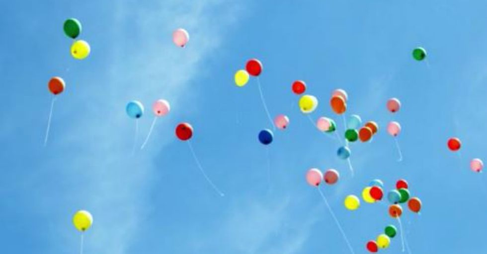 These Siblings Sent Balloons to Their Dad in Heaven and Miraculously, They Got Back an Amazing Gift
