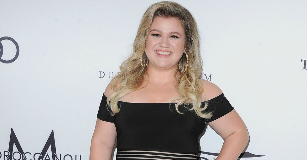Singer Kelly Clarkson Breaks Her Silence on Rumor That She Wanted to Kill Herself