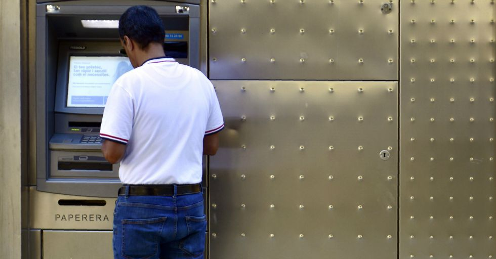 Man Tapes Fish To ATM To Get Attention From the Powers That Be