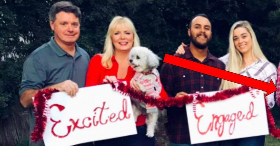 This Family's Viral Christmas Card Is Hilariously Brutal