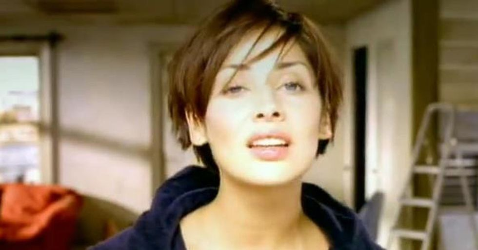 We Just Found Out That 'Torn' by Natalie Imbruglia Is a Cover, and Now We Feel Like Our Whole Lives Have Been a Lie