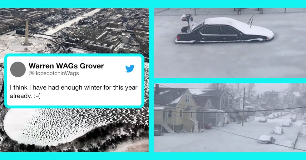 The 15 Most Insane Effects of the 'Bomb Cyclone' Hitting the East Coast