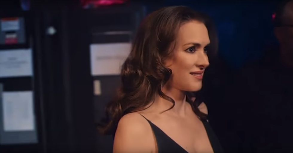 L'Oreal Compared Winona Ryder to Damaged Hair in a Bizarre Ad That Aired During the Golden Globes