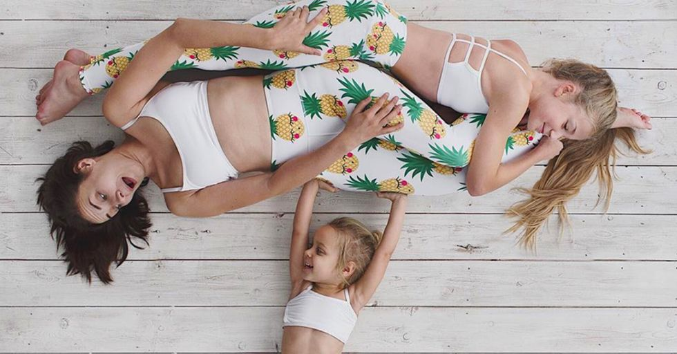24 Incredible Family Photos Taken by the World's Most Creative Mom
