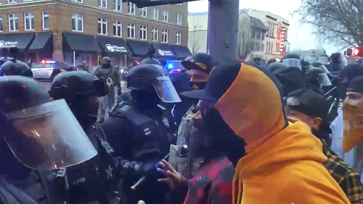 Proud boys clash with Oregon cops -- and ends in arrests
