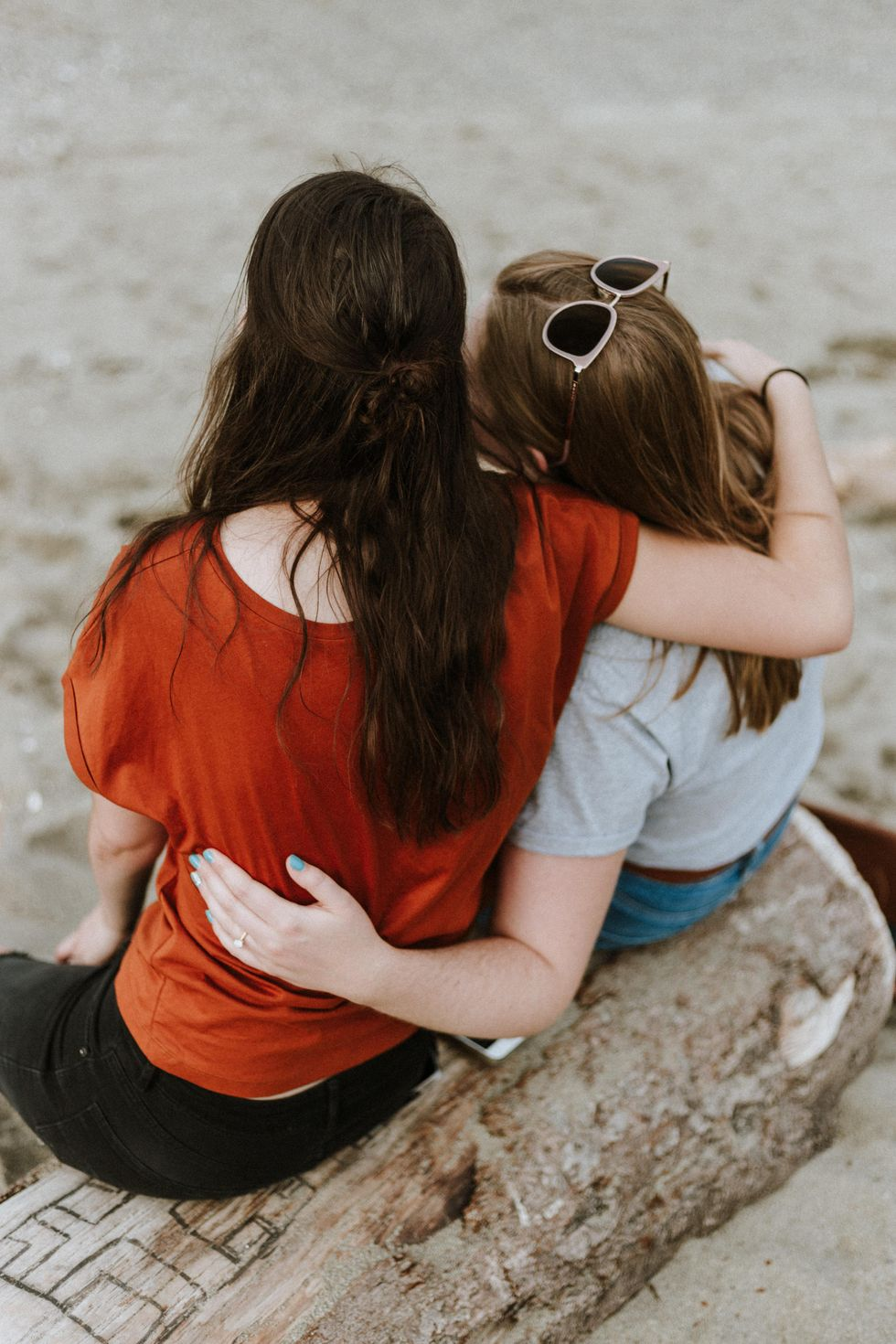 6 Ways To Thoughtfully Support Your Friends Without Sacrificing Your Own Mental Health