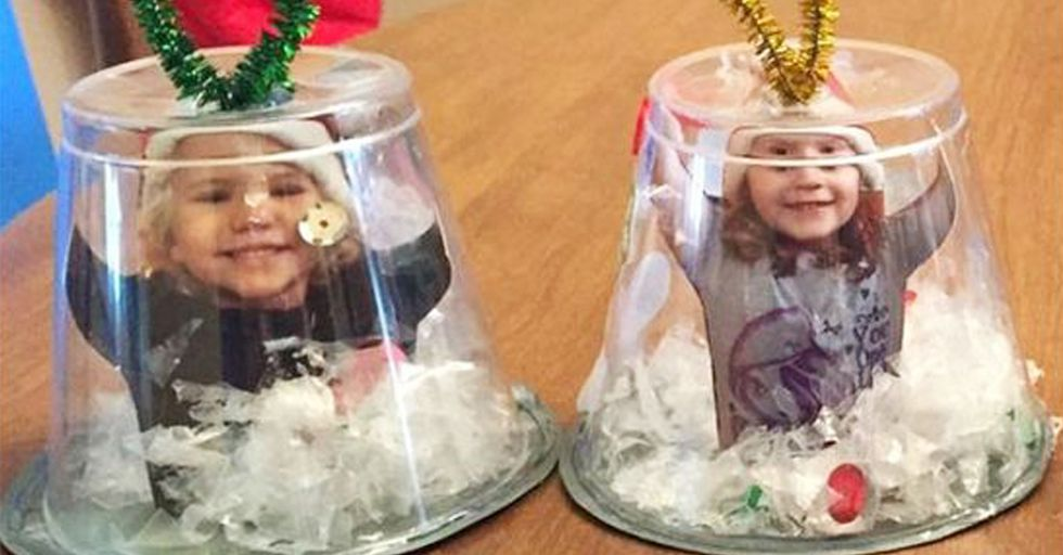 Inexpensive, Simple Crafts to Do With Your Kids This Christmas