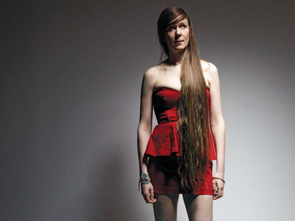 Beautiful People 2010: No Bra