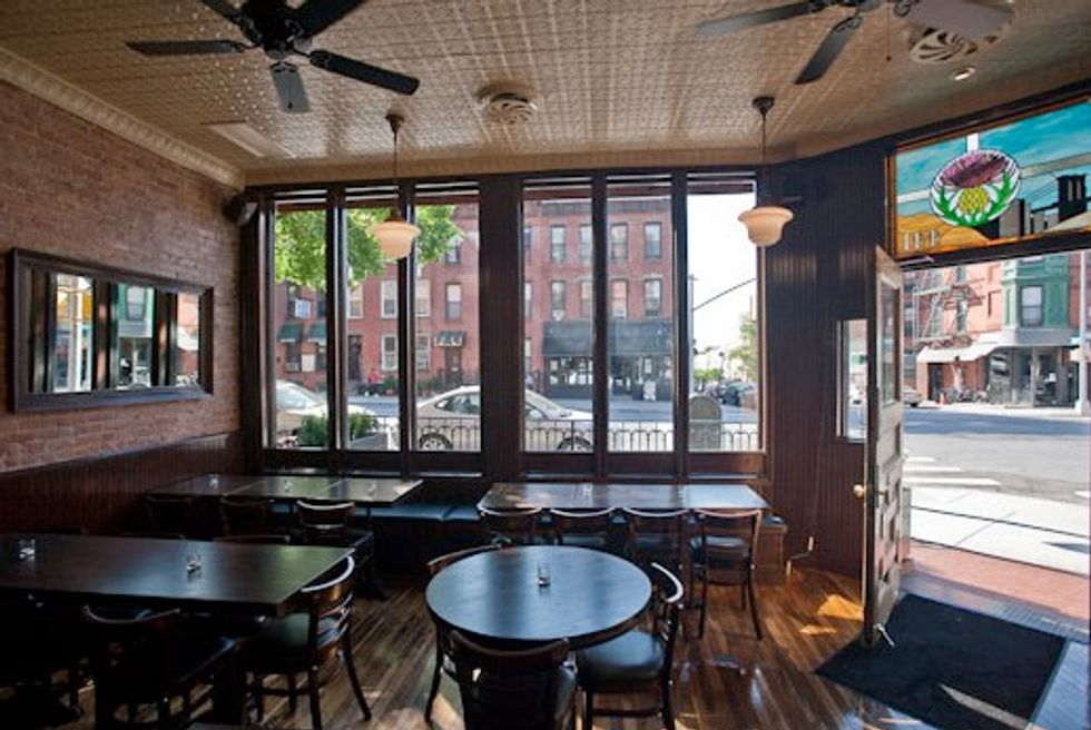 Thistle Hill Tavern: Restaurant Review
