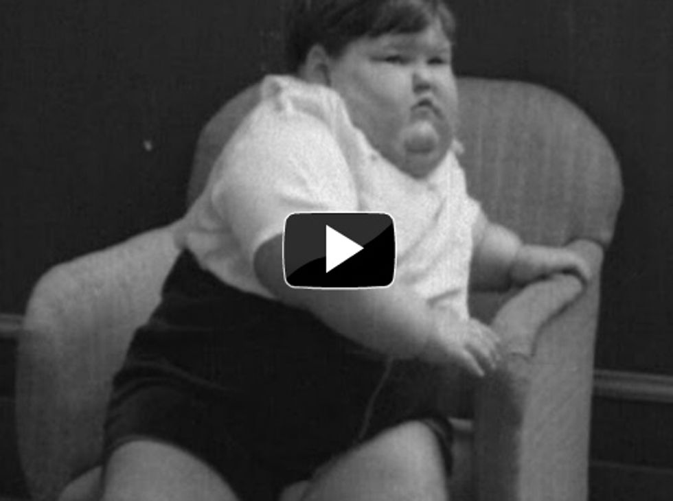 1935 newsreel makes light of an obese, 140-pound 3-year-old