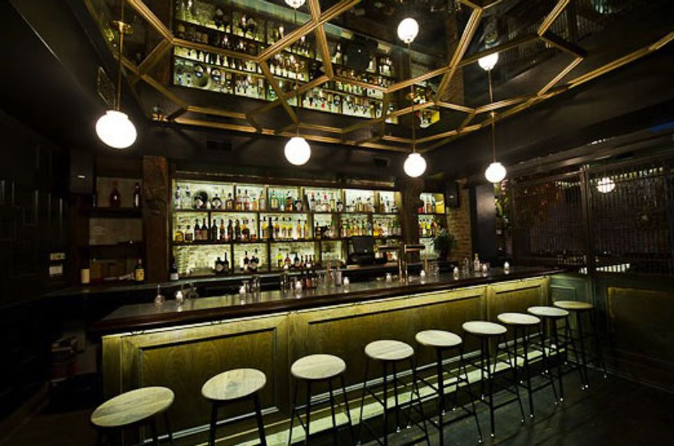 Bar Review: Mary Queen of Scots