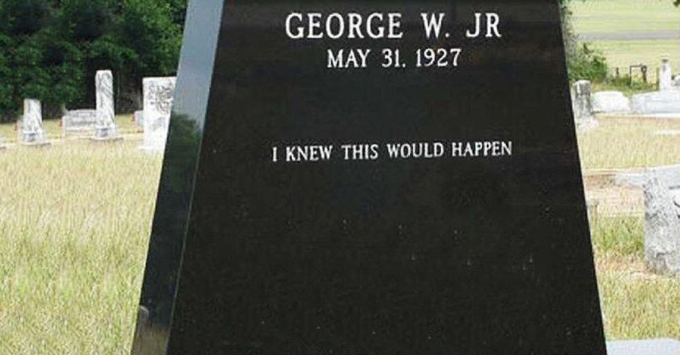 These 25 Hilarious Headstones Got In the Last Laugh