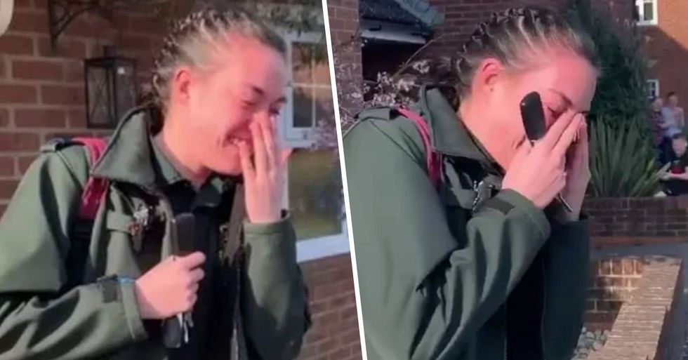 Healthcare Worker Breaks Into Tears as Entire Street Comes out to Applaud Her on Her Way to Work