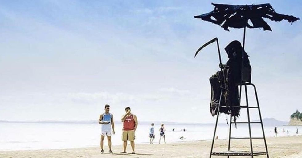 Guy Dressing as Grim Reaper on Beaches That Have Reopened Prematurely