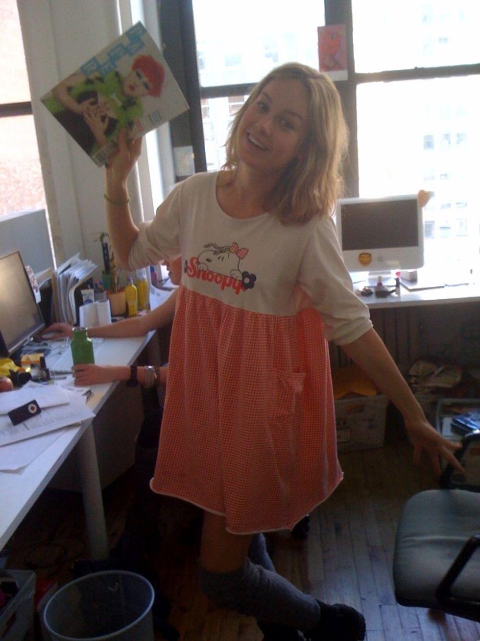 Brie Larson's Meet 'n' Greet Turns into a Meet 'n' Hang!