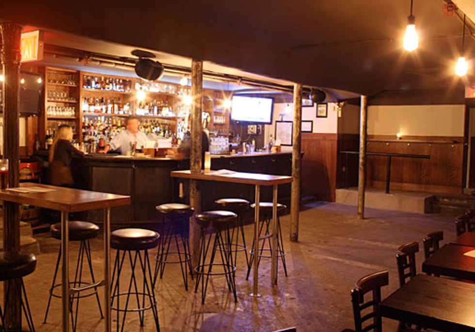 Bar Review: Idle Hands