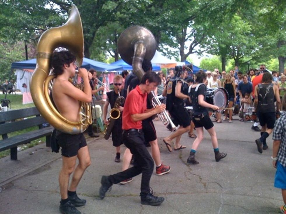 What Cheer? Brigade Comes to Brooklyn