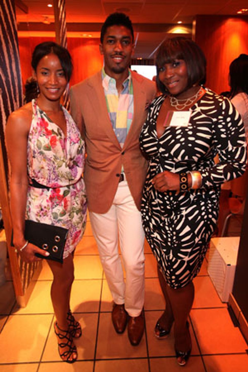 Snack Wraps, Wrap Dresses and Fonzworth Bentley at Dinner with Bevy