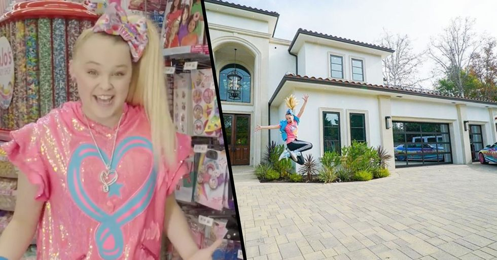 Jojo Siwa Bought a Huge New Mansion and It's Insane