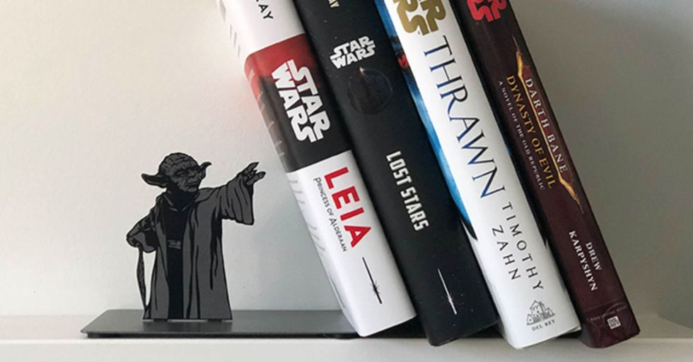 Adorable Yoda Bookends Use the Force to Hold up Books