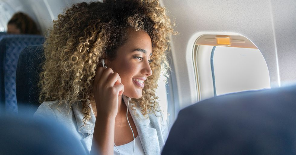 Long Distance Flight Hacks That Will Make Traveling So Much Better