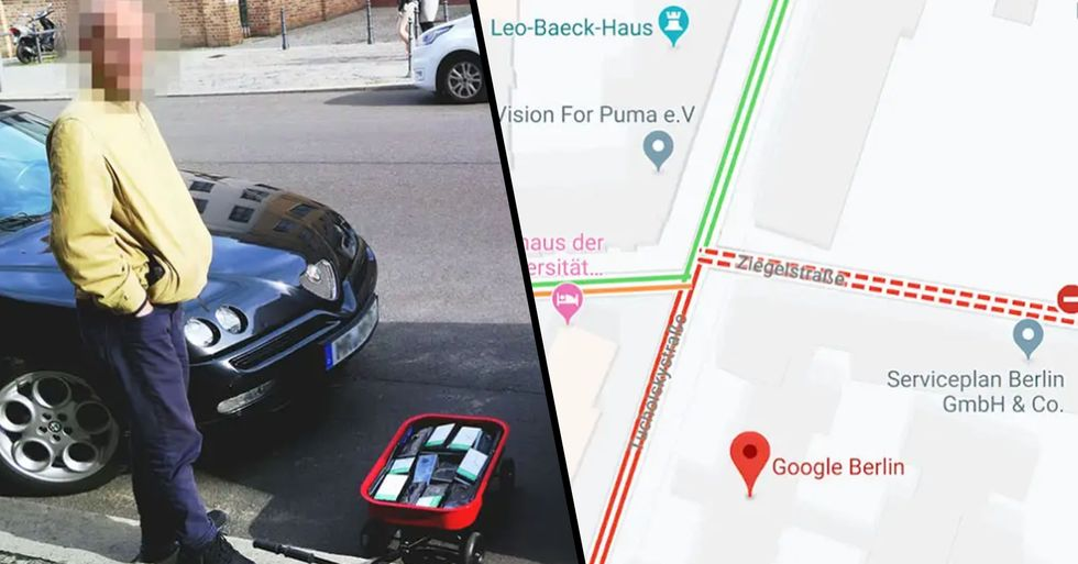 An Artist Wheeled 99 Smartphones Around in a Cart to Create Fake Traffic Jams on Google Maps