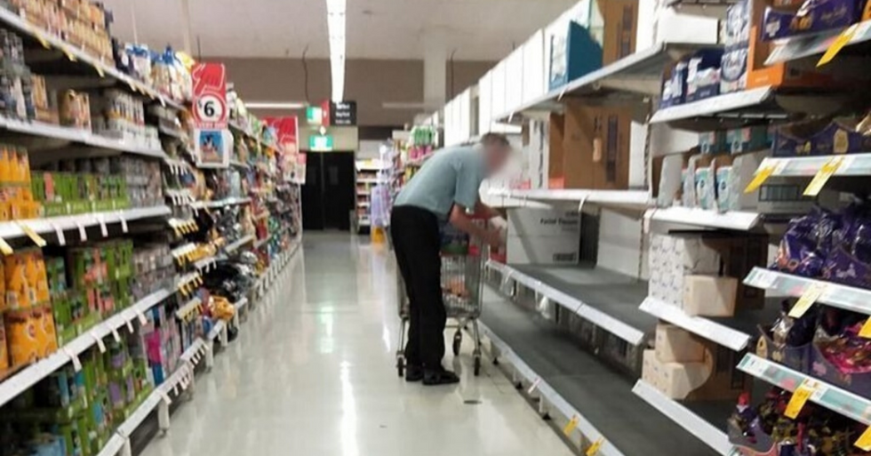 Picture of Elderly man Buying Toilet roll is Breaking People's Hearts
