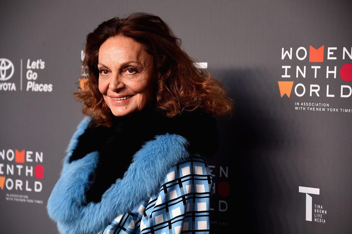 Diane von Furstenberg's Swimsuit Selfie Has an Empowering Message