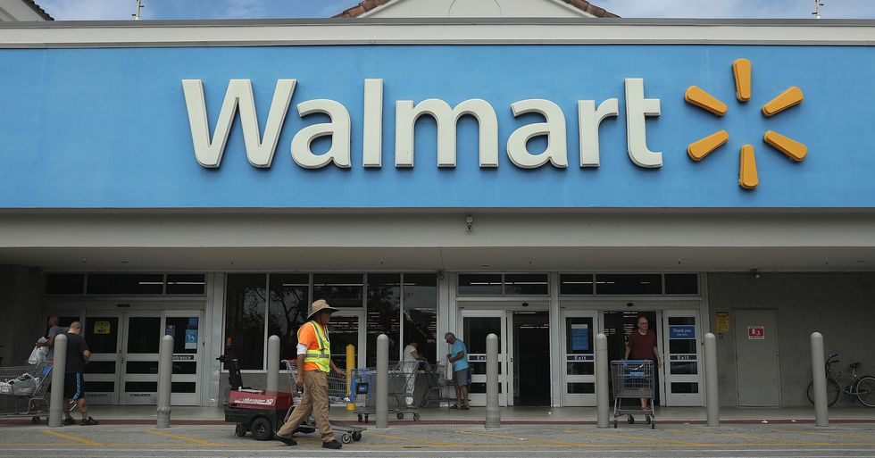 Walmart Employees Will Now Get Temperature Checks Before They Work