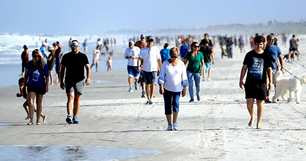 Florida Beaches Packed After Trump 'Encourages' People To Break Quarantine