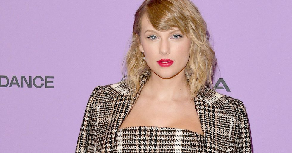 Fans Are Furious Over Taylor Swift's Seemingly-Innocent Instagram Photo