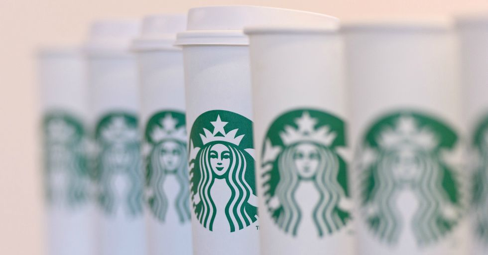 13 Genius, Top Secret Starbucks Hacks That Will Save You Tons of Money