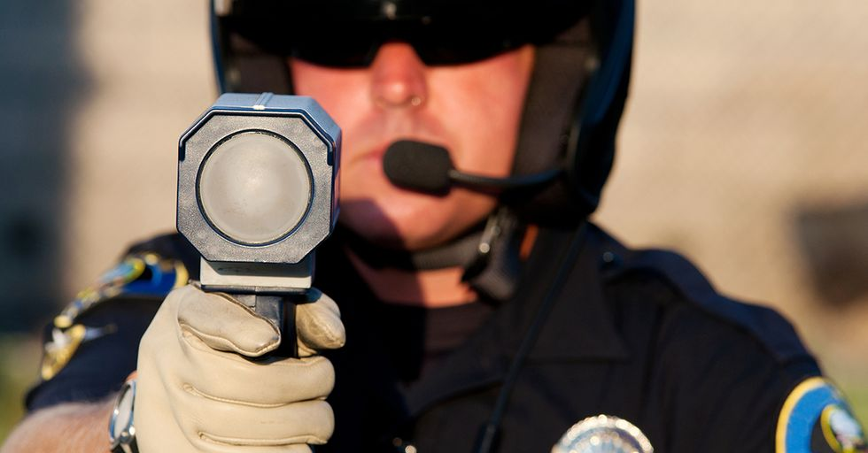 19 Cops Reveal Which Illegal Things They Let Slide When They See Them
