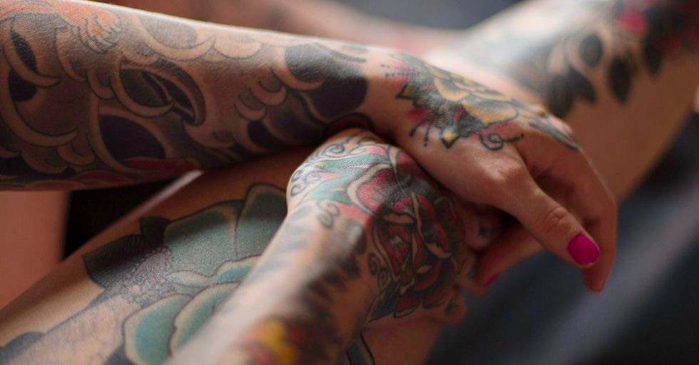 19 Remarkable Photos That Show How Tattoos Age and Degrade Over Time