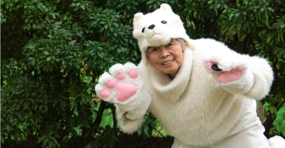 This 90-Year-Old Grandma Took the Internet By Storm With Her Hilarious Self-Portraits