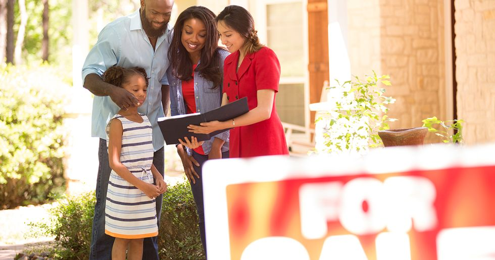 29 Realtors Tell Us What Red Flags to Look out for When Buying a Home