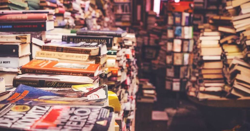 Read 300 Books in a Year, and Here's How