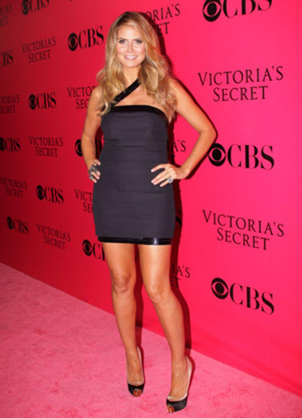 About Last Night... The 2009 Victoria's Secret Pink Carpet Arrivals, Backstage & Fashion Show