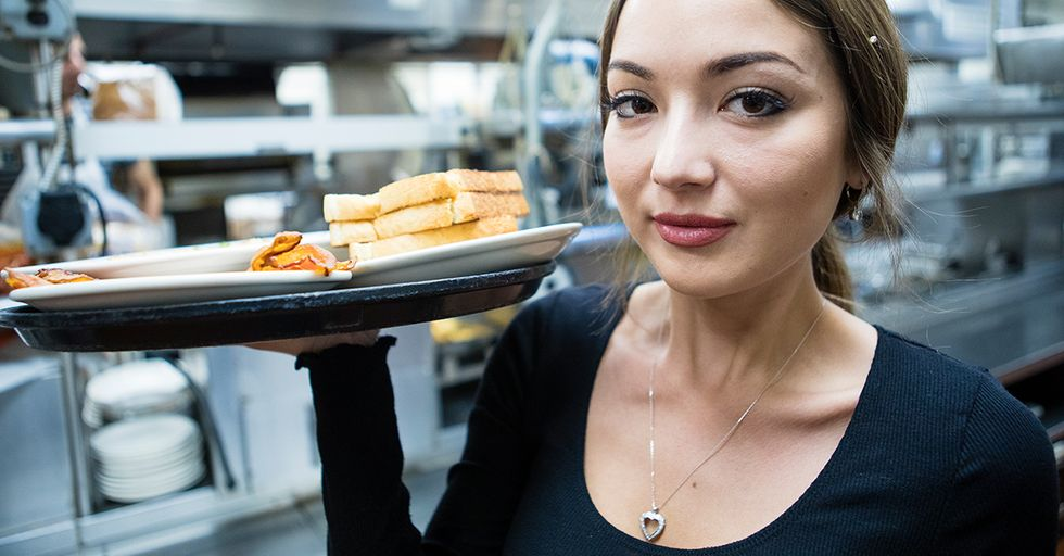 Tweets for Anyone Who's Worked in the Food Service Industry