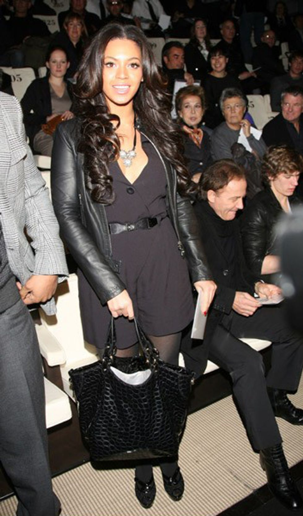 Eight Items or Less: Beyonce in the Front Row & Mr. Brainwash in New York
